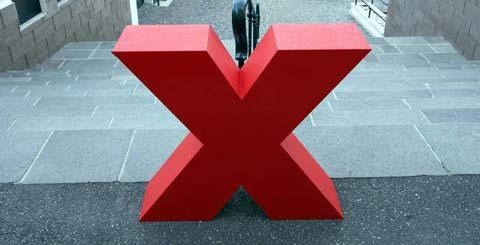 Lettera X gigante per TEDX