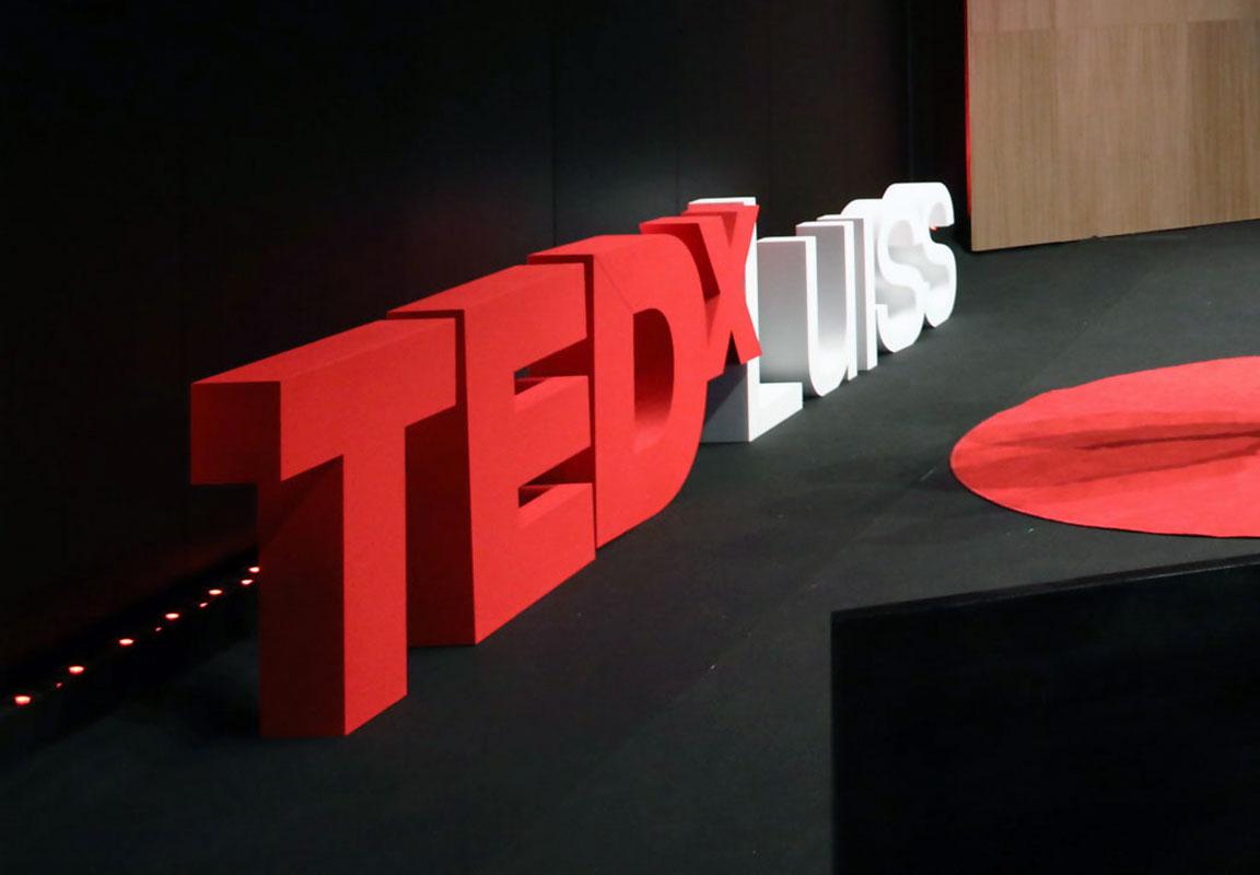 lettere in polistirolo 3d TEDX Luiss