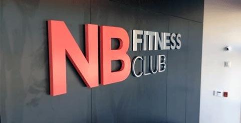 Scritta in polistirolo per fitness club