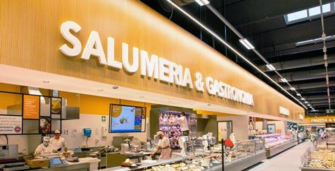 Scritta in polistirolo per supermercato