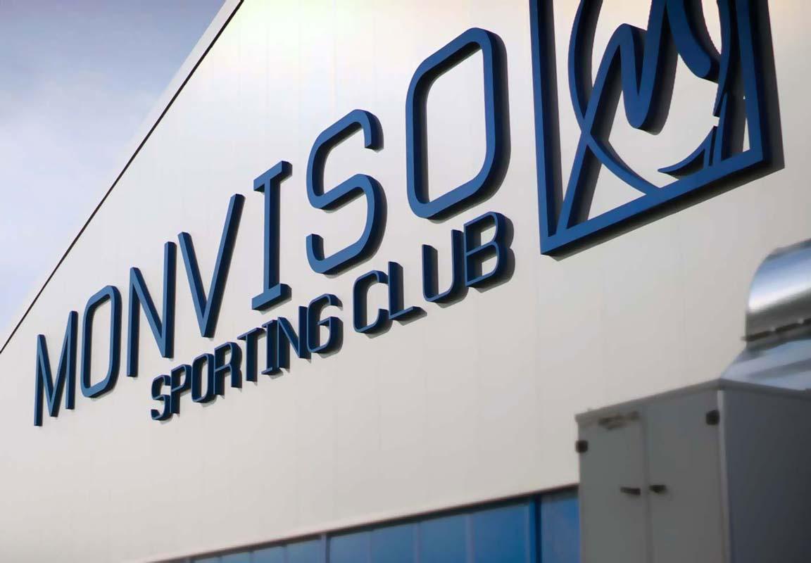insegna 3d per Sporting Club Monviso