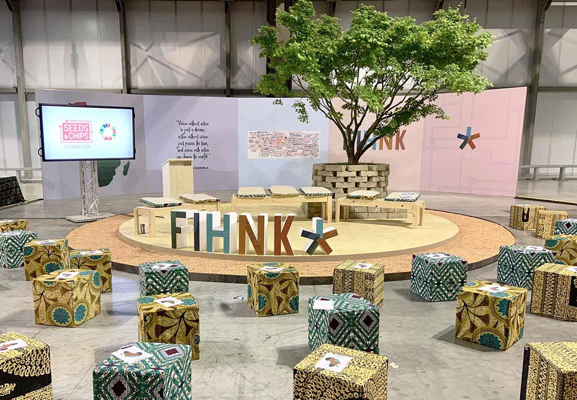lettere in polistirolo per evento FIHNK