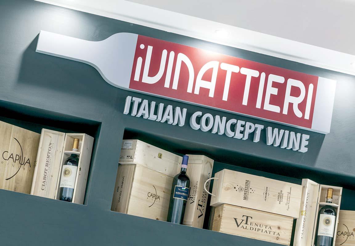 Logo in polistirolo per negozio iVinattieri