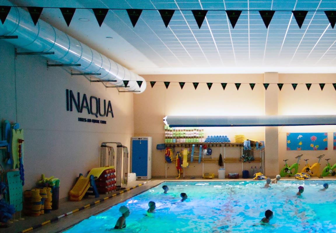 scritta in polistirolo per piscina Inaqua