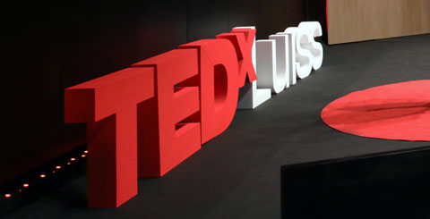 Lettere in polistirolo per TEDX Luiss