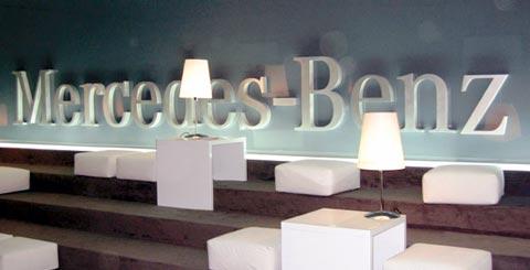 Scritta per show room Mercedes Benz